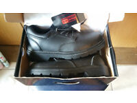 Safety Shoes SIZE 8 BLACK ROCK