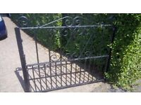 Double driveway gate (only one side shown in photo but sale is for the pair)