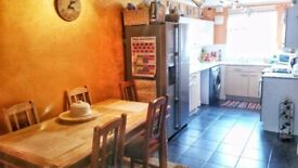 2 bed house with privat garden, parking and loft