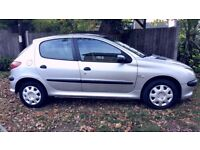 1 Previous owner/Long MOT/Peugeot 206 hatchback 1.4 HDi