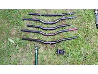 Bike handlebars riser bars and flat. Race face and club roost and suspension forks / fixie / mtb