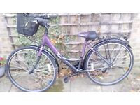 ** REDUCED TO £120 ** Adult Apollo Elyse Pur 18 Bicycle *** NEW *** UNWANTED PRESENT ***
