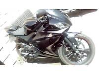 YZF R125 BLACK WIDOW