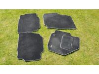 Set of 4 car mats for Ford Mondeo Mk 4