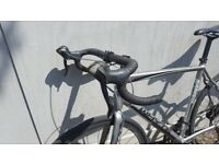 WHYTE RD7 SUSSEX - ROAD BIKE - DISC BRAKES - RRP-£895 - Not Kona Bianchi Specialized