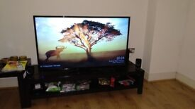 "Hitachi 50"" LCD Smart TV with Freeview and Google Chromecast"
