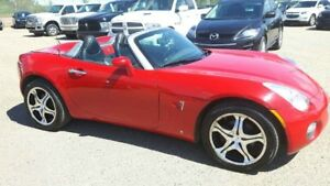 2009 Pontiac Solstice Convertible, Auto, Leather, Bluetooth, All
