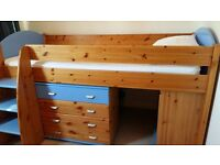 Childrens stompa cabin bed.