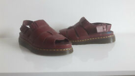 Dr martens 100% Leather Strapped Sandals