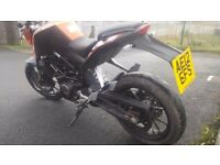 KTM DUKE 125 2012 VERY LOW MILEAGE 12 MONTHS MOT