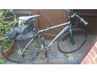 SOLD CBoardman Team Hybrid Road Bike for only £100 (Function but work needed for full capacity)