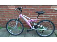 Ladies/Teens Trax TFS1 bike 16 inch frame. 26 inch wheels. Good condition ready to ride