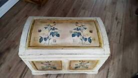 Shabby chick chest. Storage