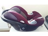 Cybex Aton Q Gr. 0+ Infant Car Seat in Mulberry with Isofix Base For Sale