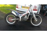 Beta rev 3 2001 250 2 stroke trials bike