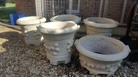 7 Stone cream orniment garden pots each weigh 40 kgs