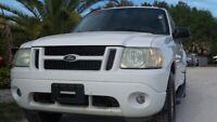 Miniature 1 Voiture Américaine d'occasion Ford Explorer Sport Trac 2004
