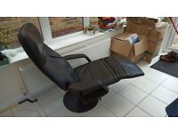 Ekornes Stressless reclining lounge chair in black leather