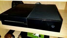 500GB Xbox One + Wired Controller & Kinect