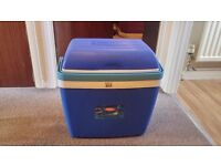 Thermos 32 Litre Cool Box