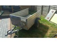 Lightweight galvanised box trailer