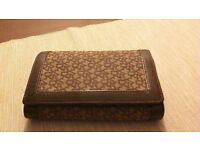 AUTHENTIC DKNY MATERIAL/LEATHER PURSE