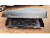 Roof Top Box 420L Excellent Condition (1 Set Of Keys)