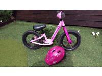 Specialized Hotwalk Girls Balance Bike - Perfect Christmas Present