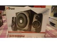 Tytan 2.1 subwoofer speaker set