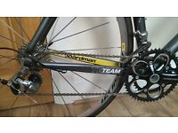 Boardman Team Road Bike Shimano 105 Mavic Aksium