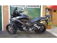 HONDA VFR800X-D CROSSRUNNER 2014 LOW MILES AND EXTRAS