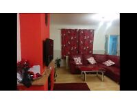 1 double room with Box room for rent, well furnished house, all bills included. Dagenham heathway.
