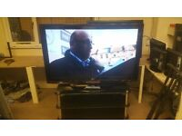 """LG 52"""" LCD TV IN FULL WORKING ORDER (SPOTLESS NO MARKS OR SCRATCHES)"""