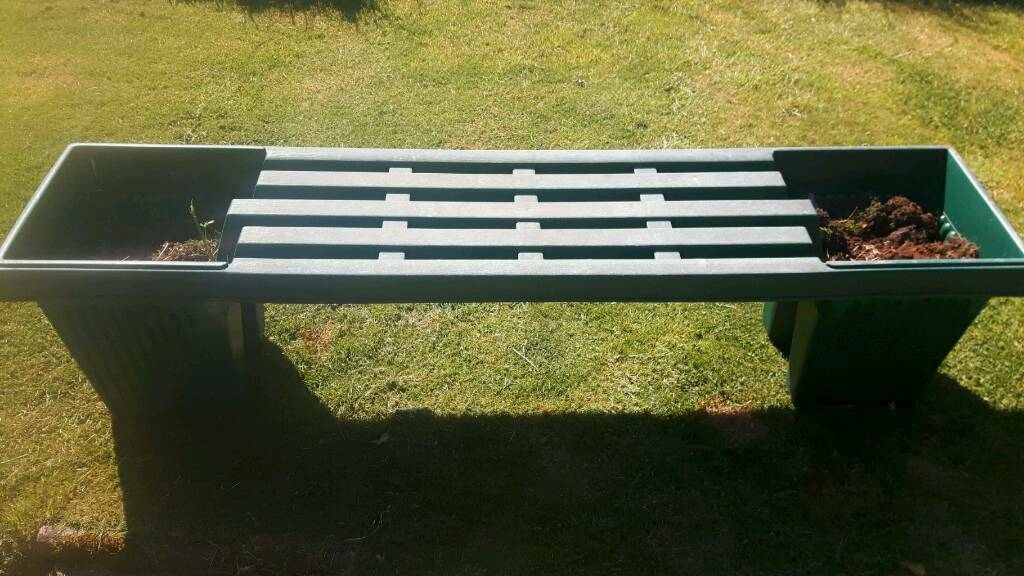 Garden bench with planters   in Stoke on Trent  Staffordshire   Gumtree. Garden bench with planters   in Stoke on Trent  Staffordshire