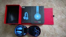 Blue beats mixr by Dr Dre