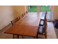 Extending dinning table & 6 x chairs