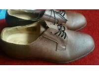 samuel windsor shoe size 9