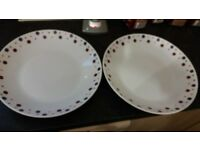 Various items of pampered chef