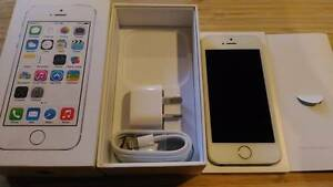 Apple iPhone 5s - 16GB - White & Silver - Unlocked Browns Plains Logan Area Preview