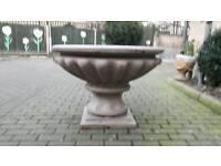 Garden planter fountain