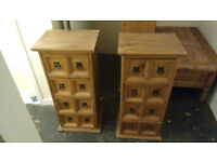 2 storage drawers