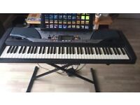 Yamaha PSR GX-76 electric keyboard - perfect for beginners - incl stand, pedal and method