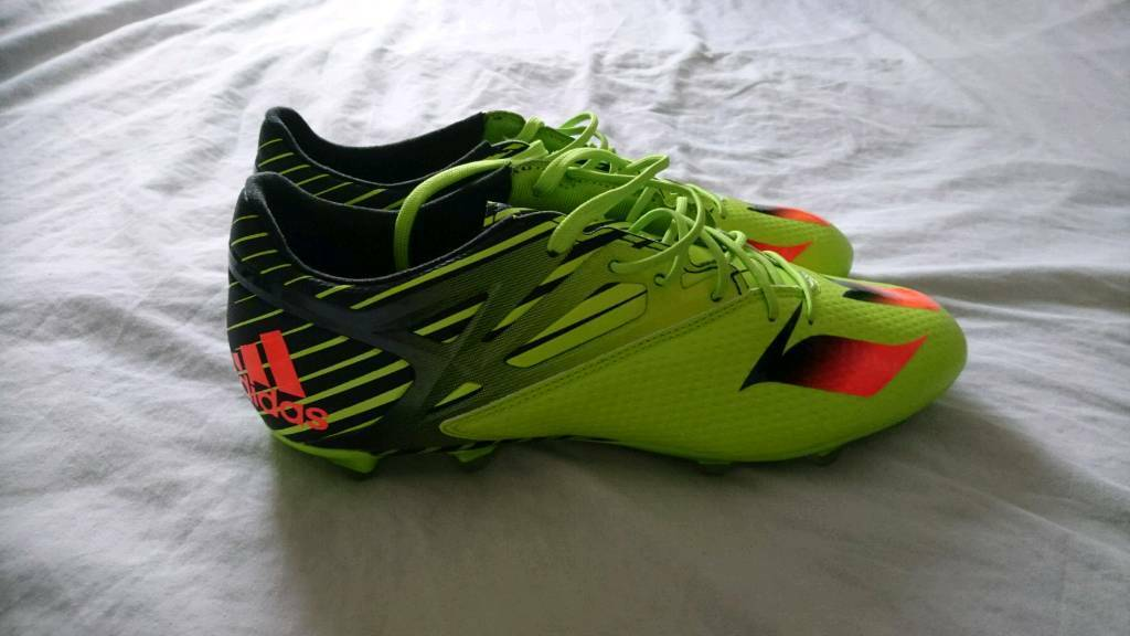Adidas Messi 15.2 football boots size 9