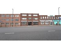 LARGE OPEN PLAN OFFICE SUITE TO LET - PLUS 2 DIRECTORS OFFICES & BOARD ROOM