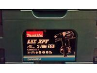 Brand new Makita 18v LXT 3x3Ah Li-Ion Extremely compact cordless combi drill driver Kit DHP458RF3J