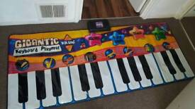 Musical piano play