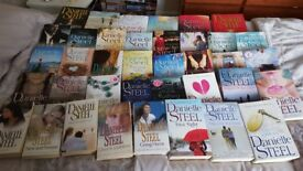 DANIELLE STEEL BOOKS OVER 15 BOOKS PACKAGE