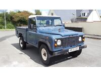 1990 Defender Hi Cap 2.5TD 19j All original, will come with new MOT runs and drives well!