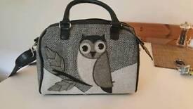 Owl design handbag