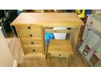 Coronary pine dressing table and stool
